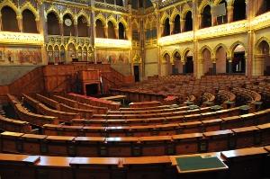Parlament5